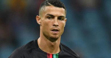 Ronaldo Pakistana 15 milyon sterlinq göndərdi