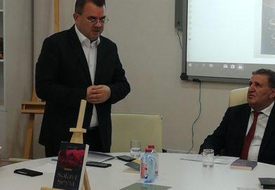 """Yunus Oğuzun """"Səfəvi Şeyxi"""" romanı təqdim olundu – Ədəbiyyat İnstitutunda/FOTOLAR"""
