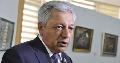 """Ermənistanda """"pat"""" vəziyyəti"""