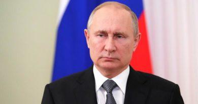 """Vladimir Putin:""""Bəs indi bu vəd niyə yerinə yetirilmir?"""""""
