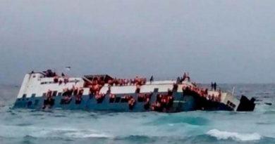 Aralıq dənizində gəmi batdı