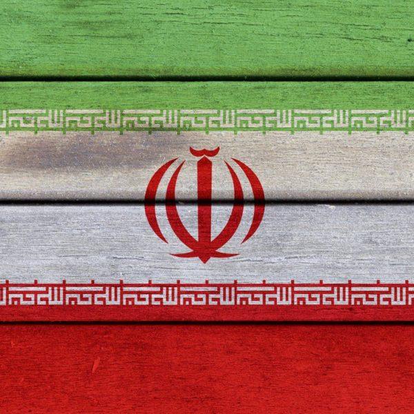 İran yerli şirkətlərin Qarabağa yük daşımasını qadağan edib