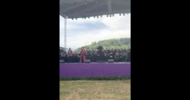 """Mehriban Əliyeva """"Xarıbülbül"""" musiqi festivalının qala-konsertindən görüntü paylaşıb-VİDEO"""